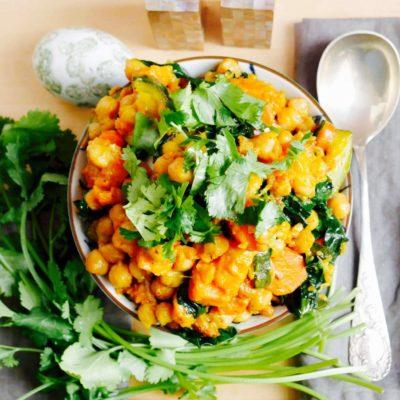 Kichererbsencurry mit Süßkartoffel und Spinat